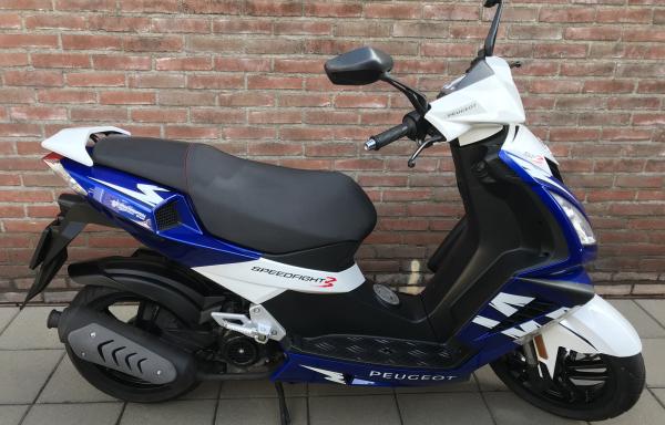 Peugeot Speedfight 3 – Sapphire Blue  45 km/h